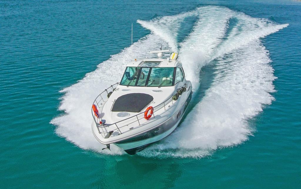 Cruiser Yachts 450cc Super Sport Themis iv